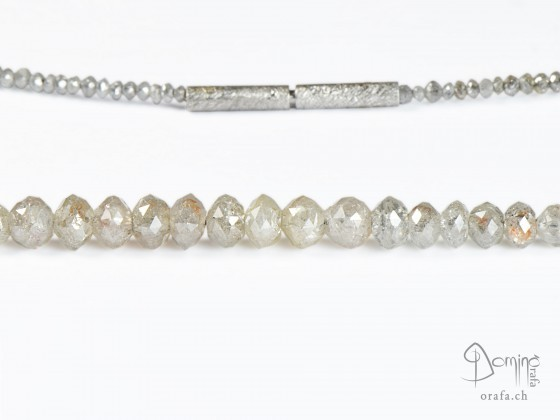 collier-diamanti-grigi