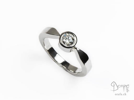 anello-solitario-lucido-diamante-0,23ct