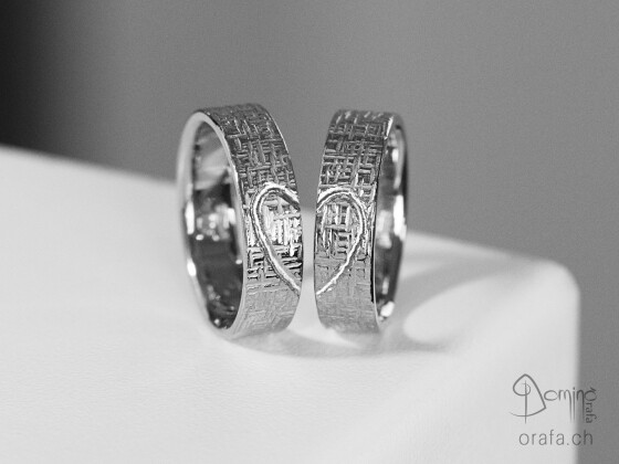 Bond wedding rings