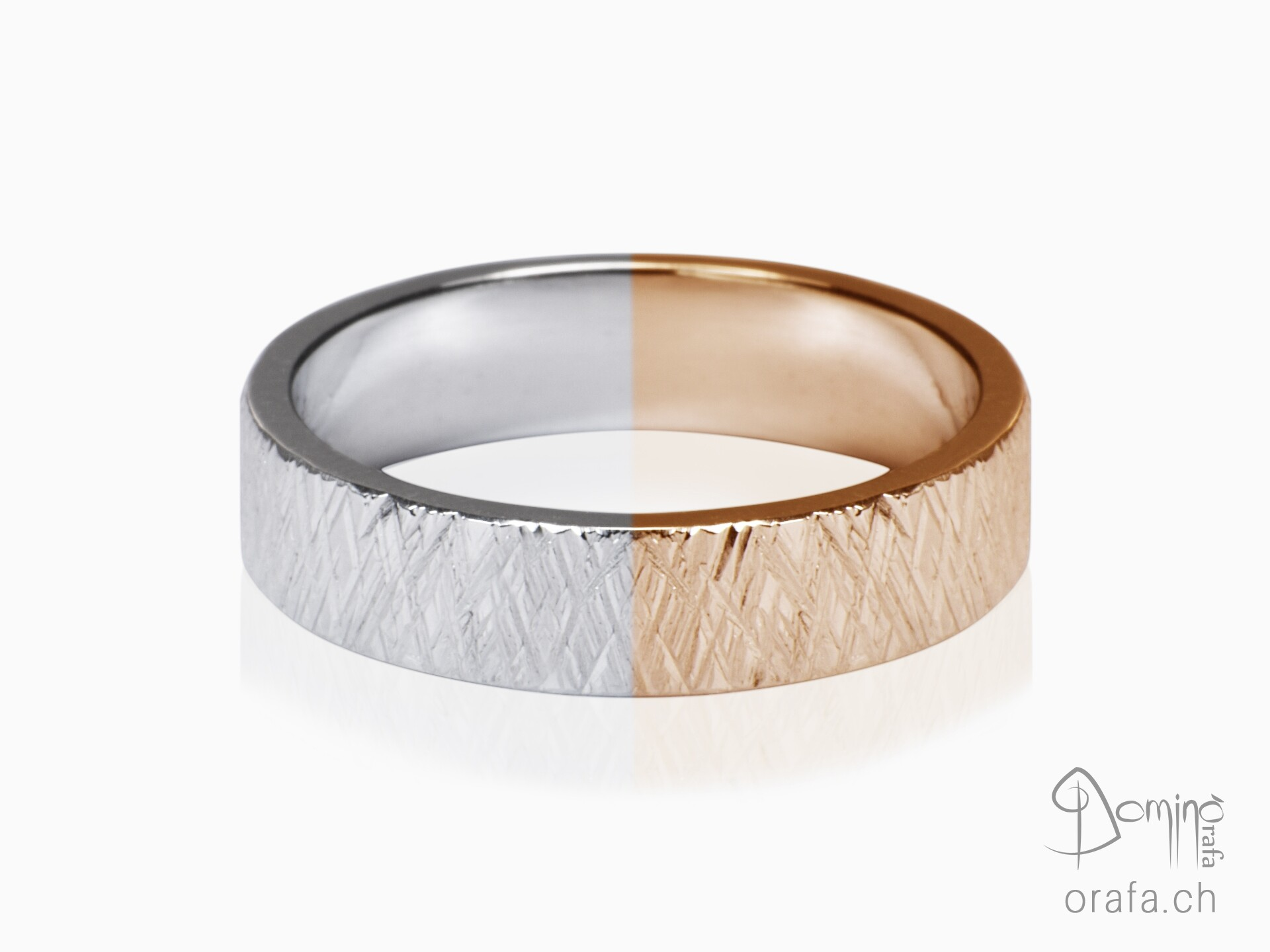 Two-color crossed Linee rings