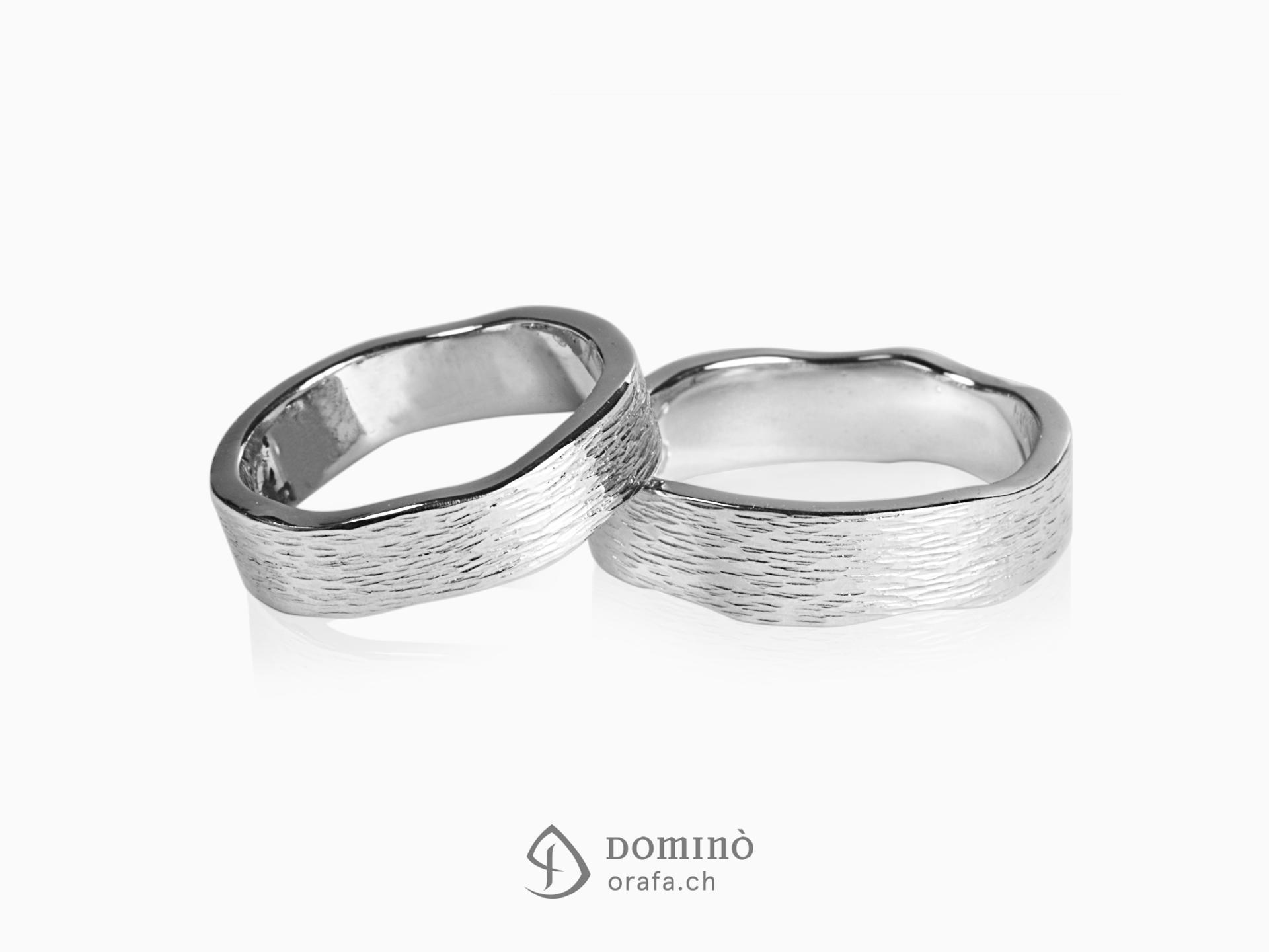 anelli-linee-verticali-bordi-irregolari-1