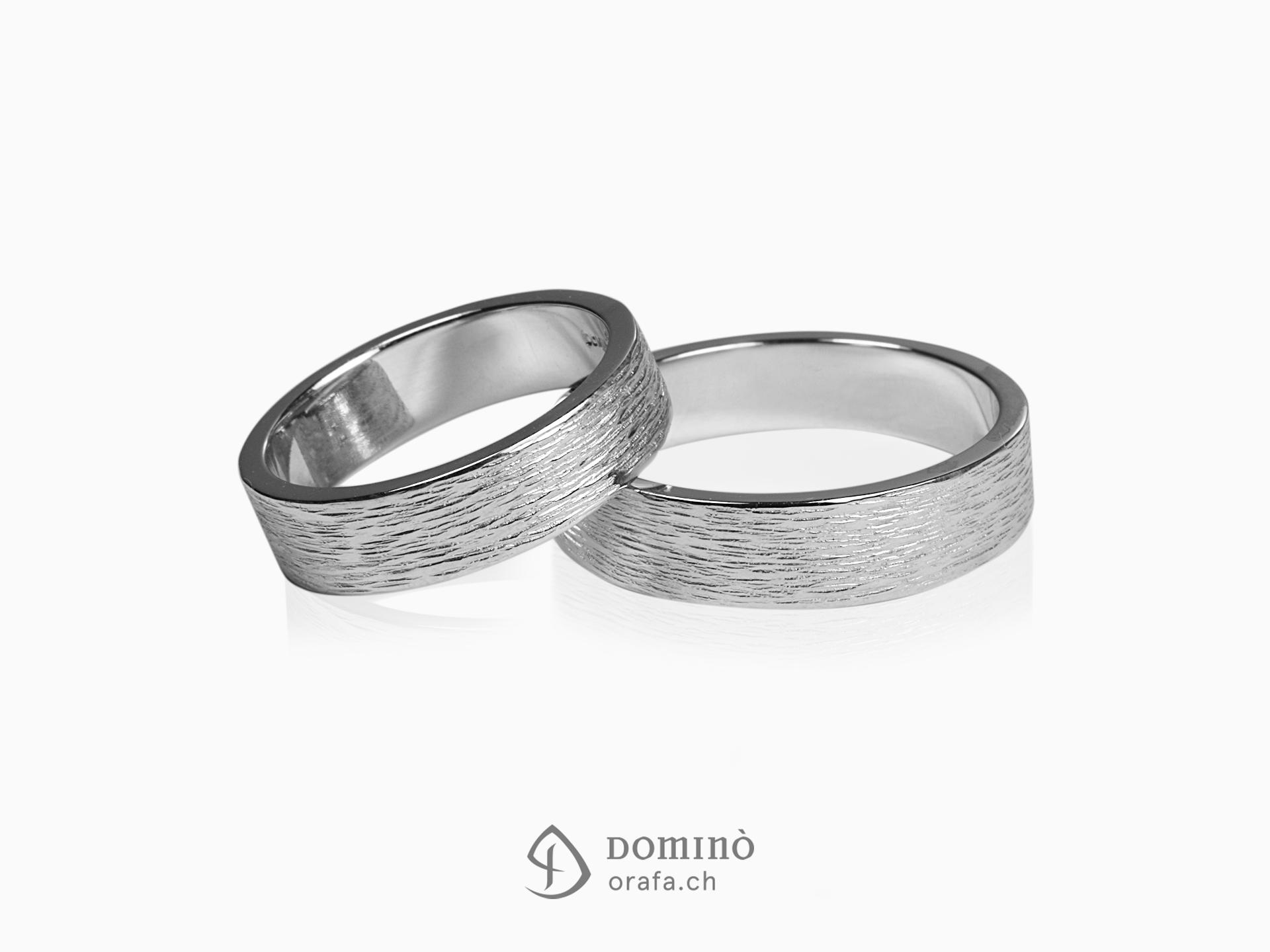 anelli-linee-verticali-1