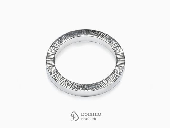 anelli-quadrati-bordo-linee-oro-bianco