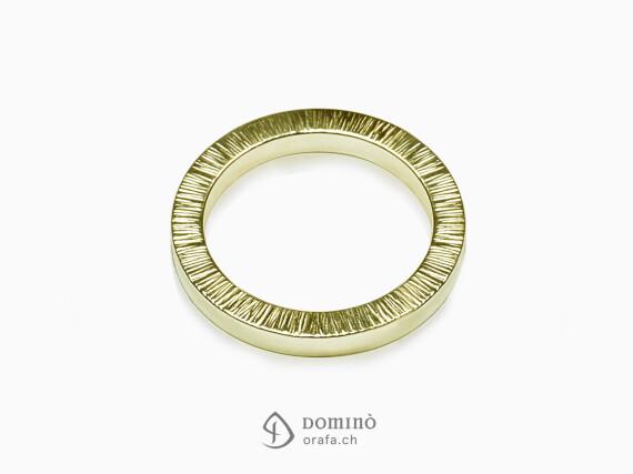 anelli-quadrati-bordo-linee-oro-giallo