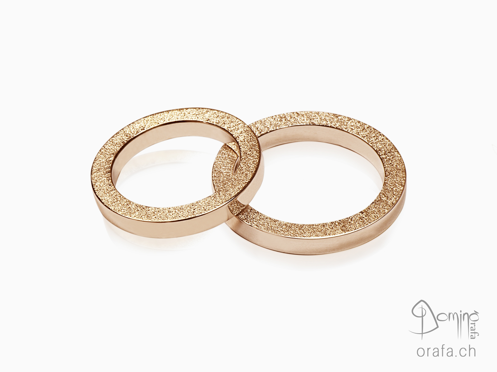 anelli-quadrati-bordo-sabbiato-2