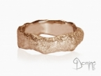 Sanded Roccia ring Red gold 18 kt