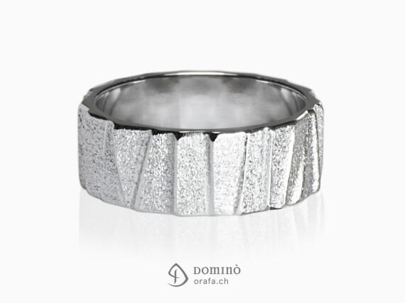 anelli-scalini-irregolari-sabbiati-oro-bianco