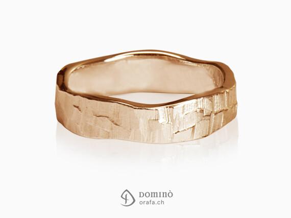 anelli-sentiero-bordi-irregolari-oro-rosso