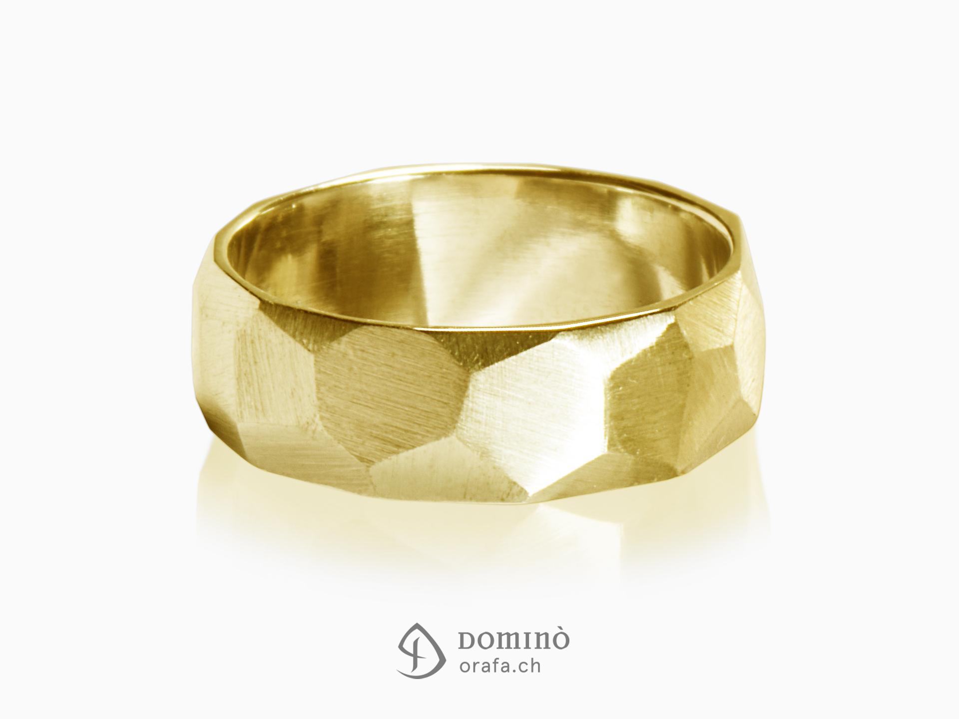 anelli-sfaccettati-satinati-oro-giallo