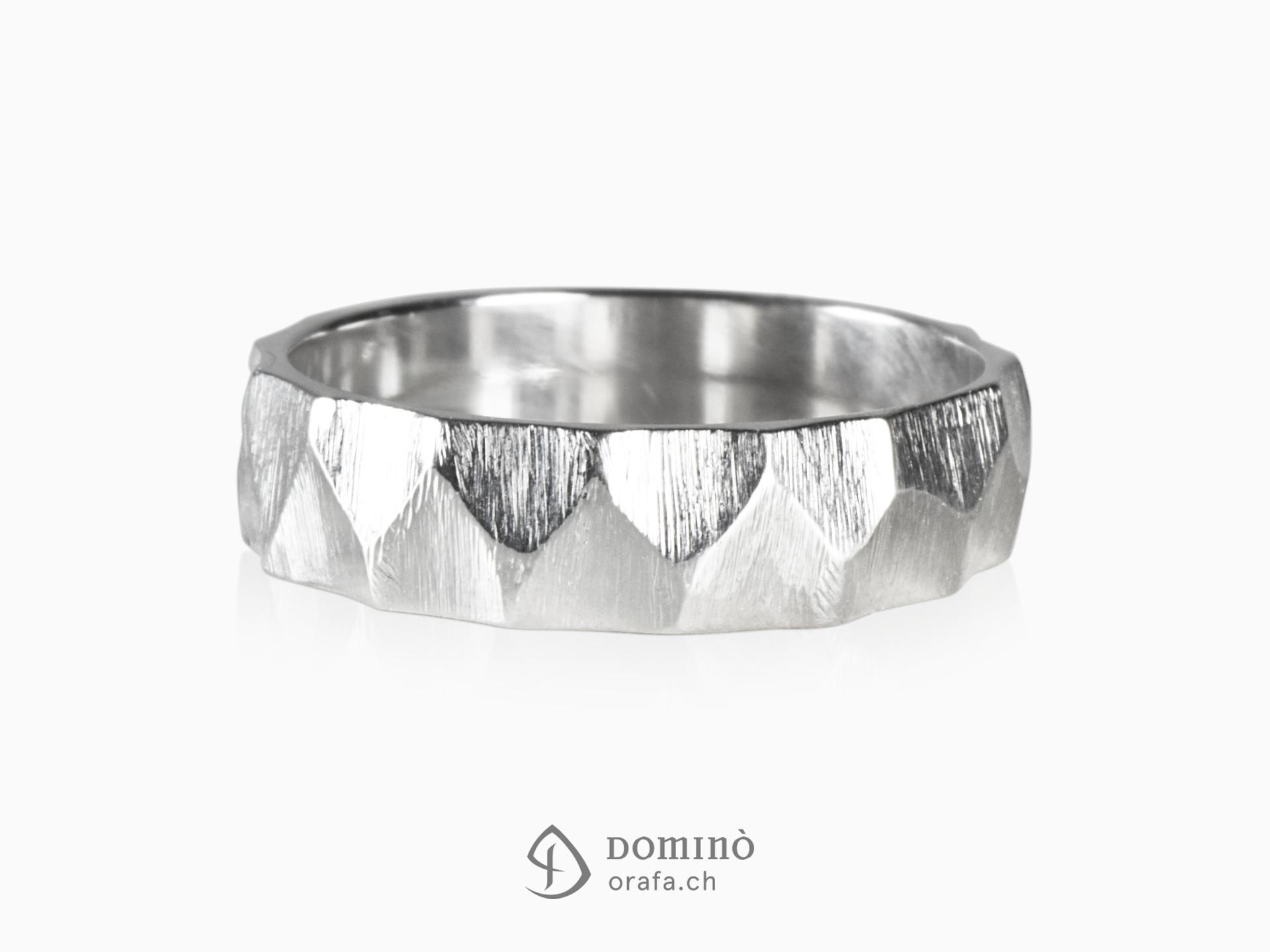 Zig-zag Sfaccettati rings