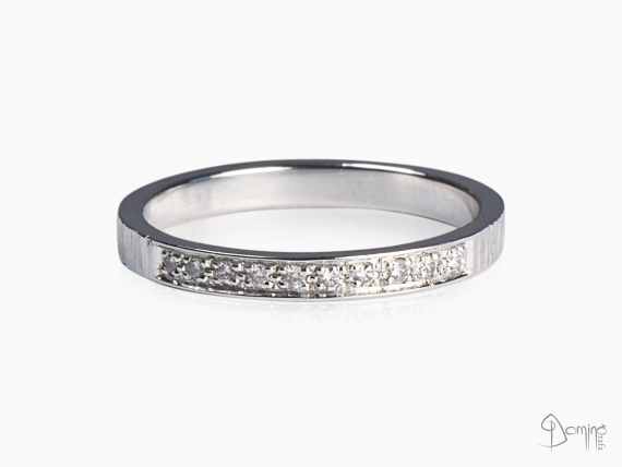 anello-10-diamanti-oro-bianco