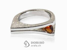 anello-aperto-citrino-triangolare-argento