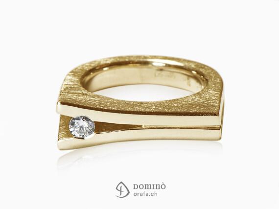 anello-aperto-diamante-oro-giallo