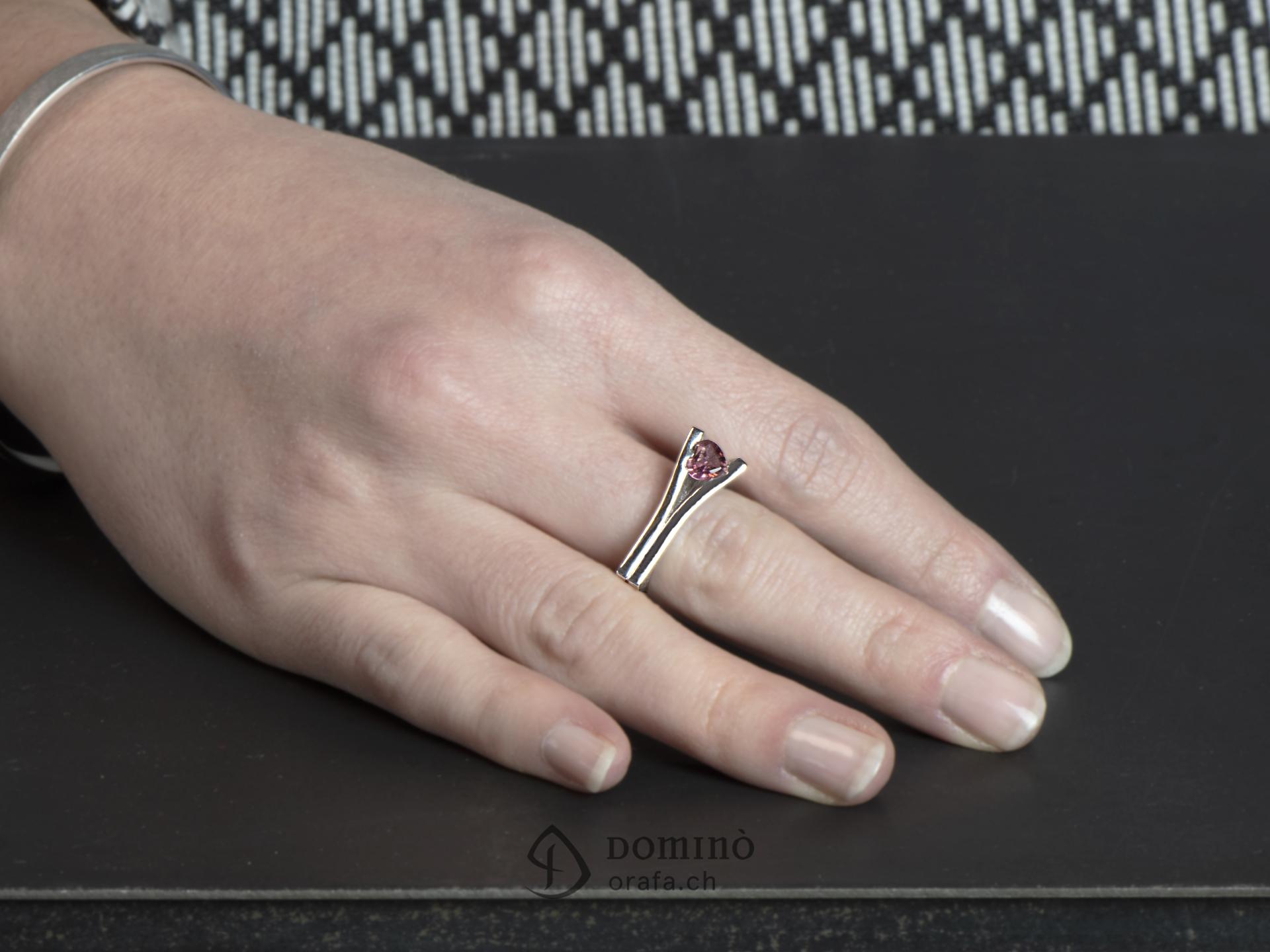 anello-aperto-tormalina-rosa-cuore-3