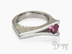 Ring with heart shaped tourmaline