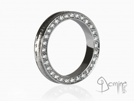 anello-conca-diamanti-bordo-oro-bianco