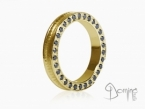 Conca ring with black diamonds on the edge Yellow gold 18 kt