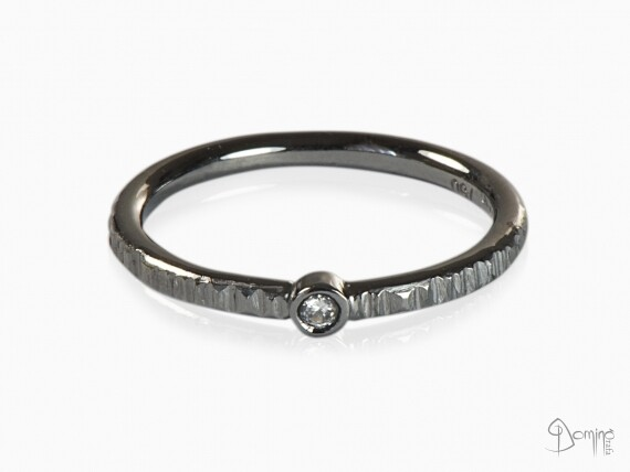anello-diamante-centrale-rodiato-nero-oro-bianco