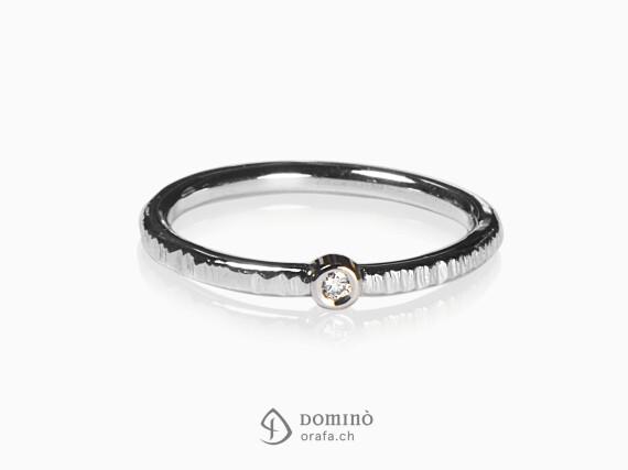 anello-diamante-centrale-oro-bianco