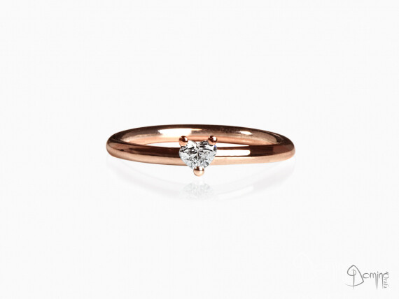 anello-diamante-cuore-piccolo-oro-rosso