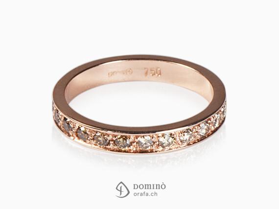 anello-diamanti-brown-sfumatura-oro-rosso