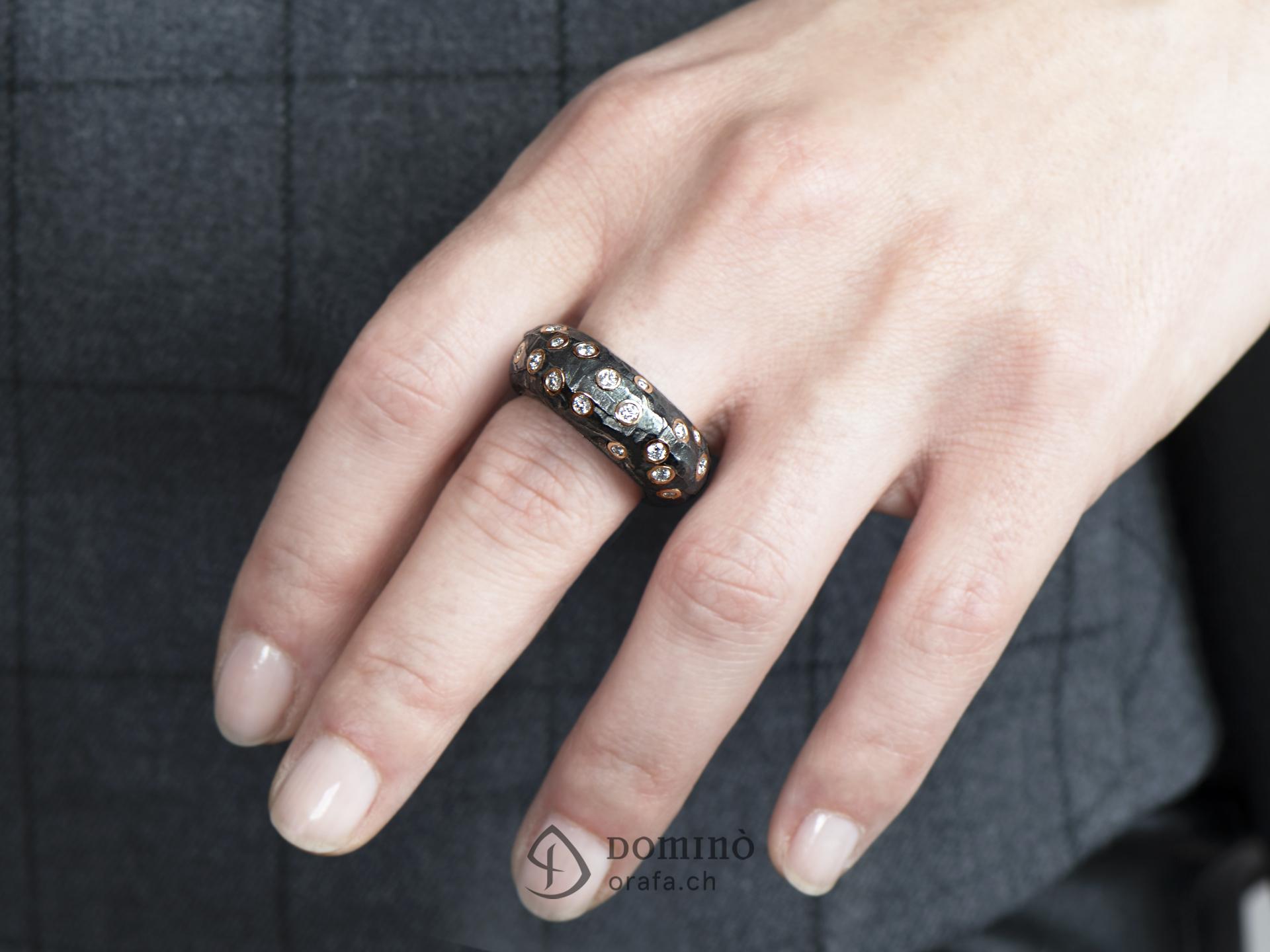 anello-ferro-prezioso-alto-diamanti-2