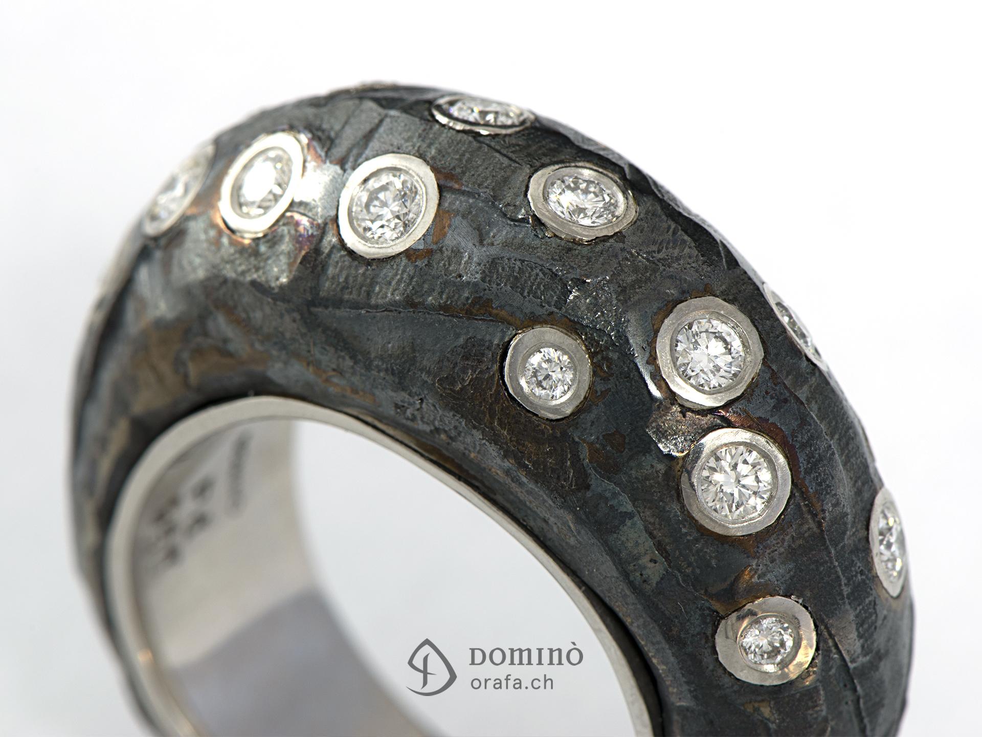 anello-ferro-prezioso-alto-diamanti-4