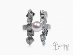 Frammenti ring with pearl White gold 18 kt