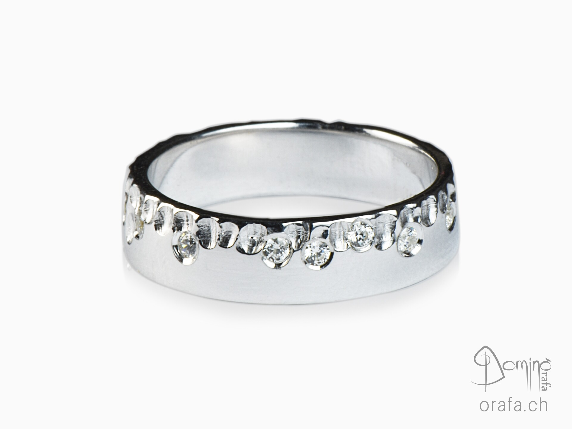 Gocce/polished diamonds ring