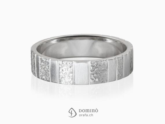 anello-lavorazione-verticale-oro-bianco