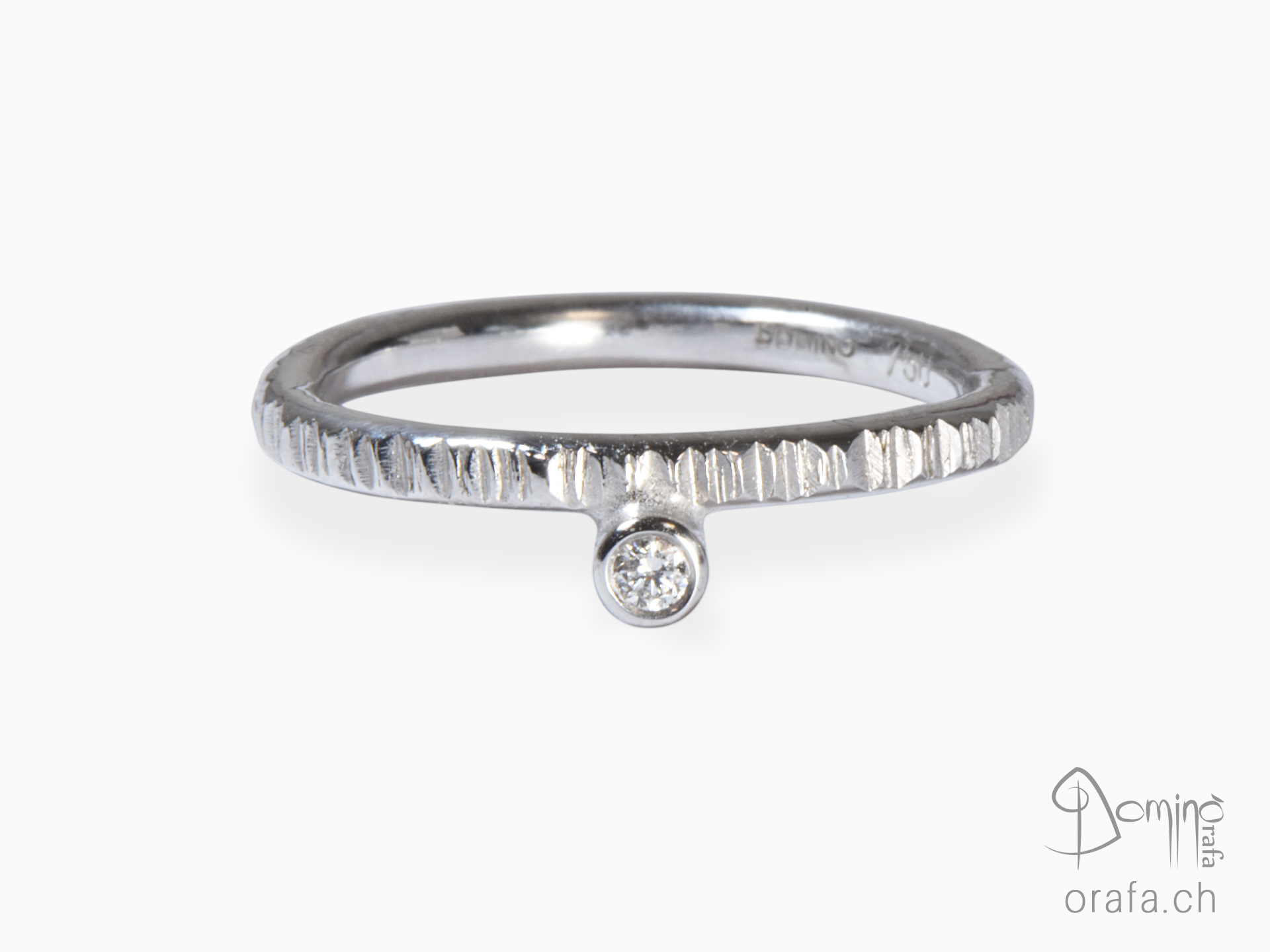 Diamond Linee ring