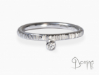 Diamond Linee ring White gold 18 kt