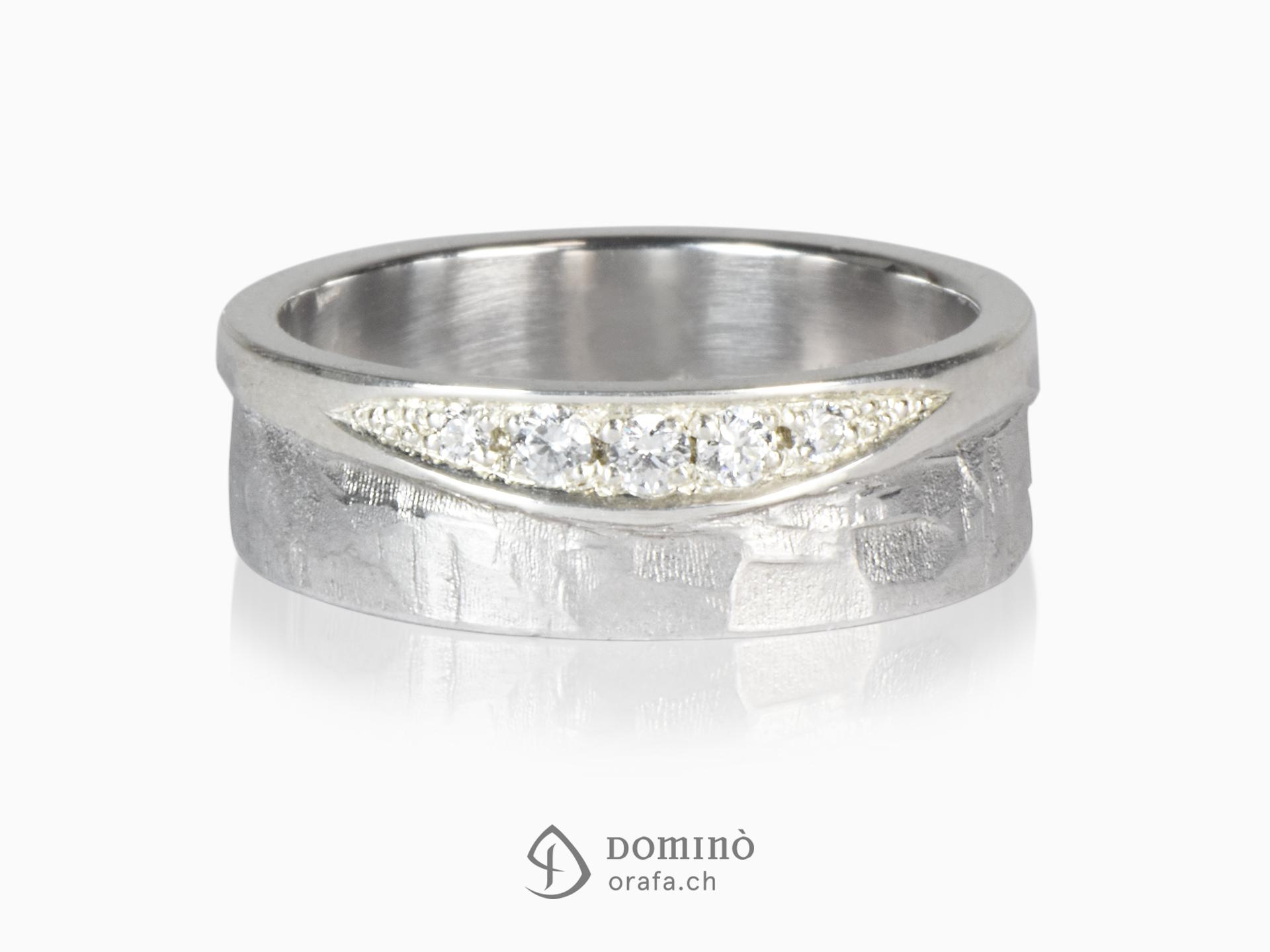 anello-lucido-sentiero-onda-diamanti-oro-bianco