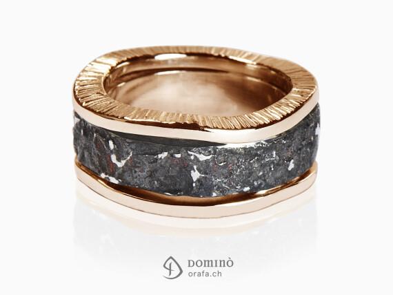 anello-oceano-ferro-metallo-prezioso-bordi-irregolari-oro-rosso