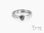 Black diamond ring White gold 18 kt