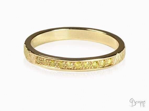 anello-oro-giallo-10-diamanti-gialli-oro-giallo
