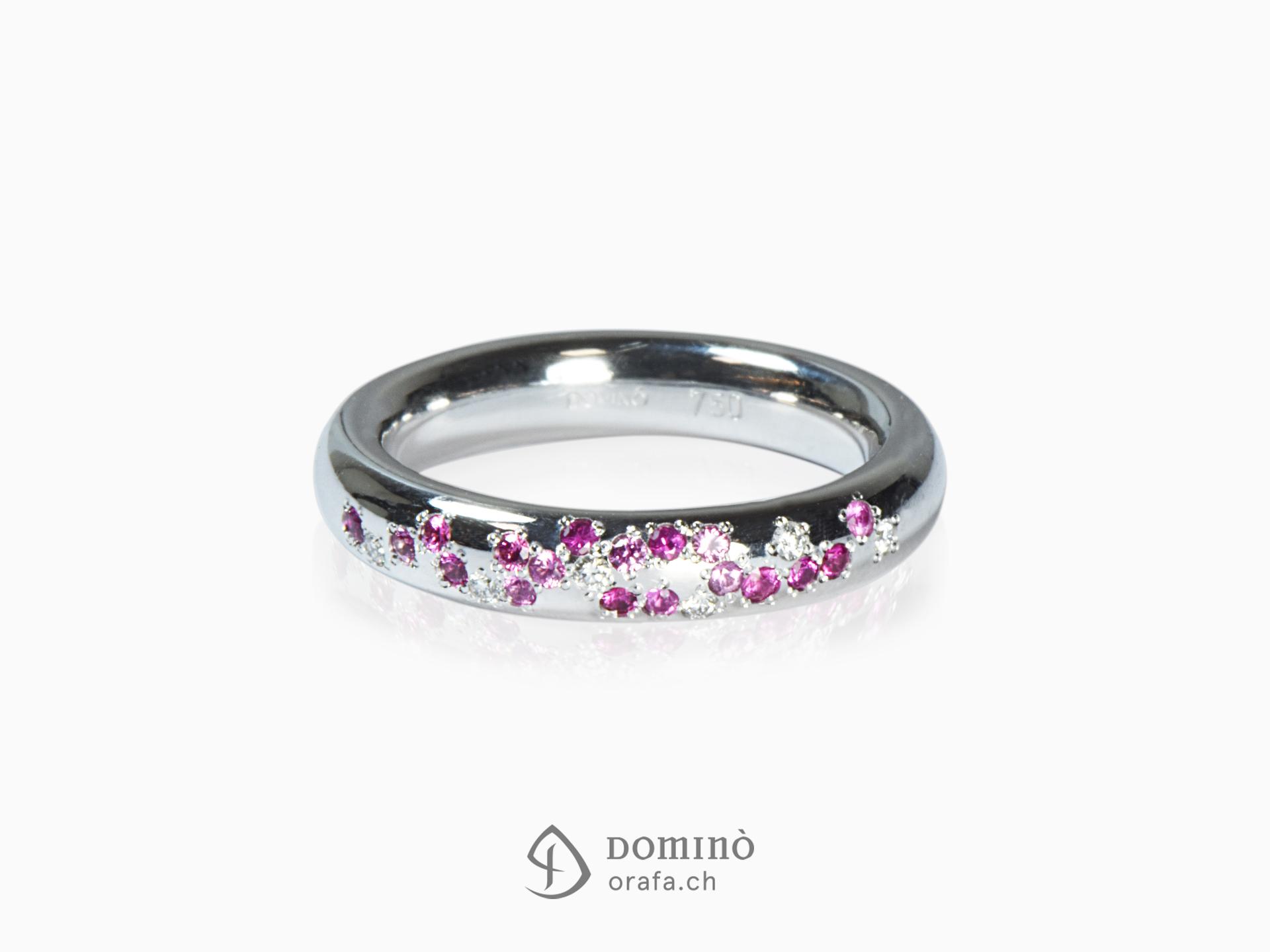 Anello con diamanti e zaffiri rosa