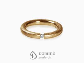 anello-profilo-rotondo-graffiato-diamante-oro-rosso