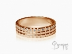 Quadrati ring with diamonds Red gold 18 kt