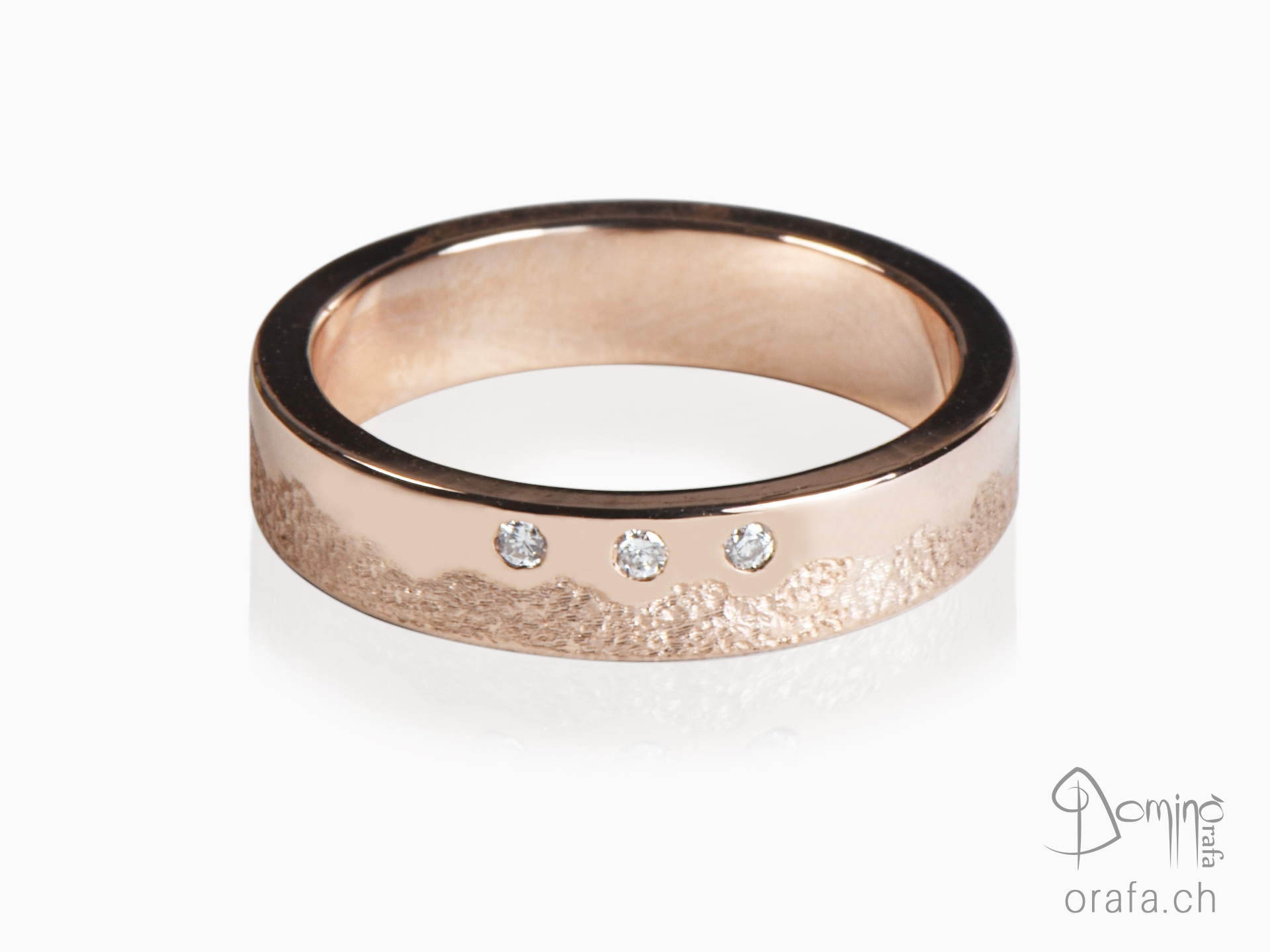 Irregular Sabbia/polished ring with 3 diamonds