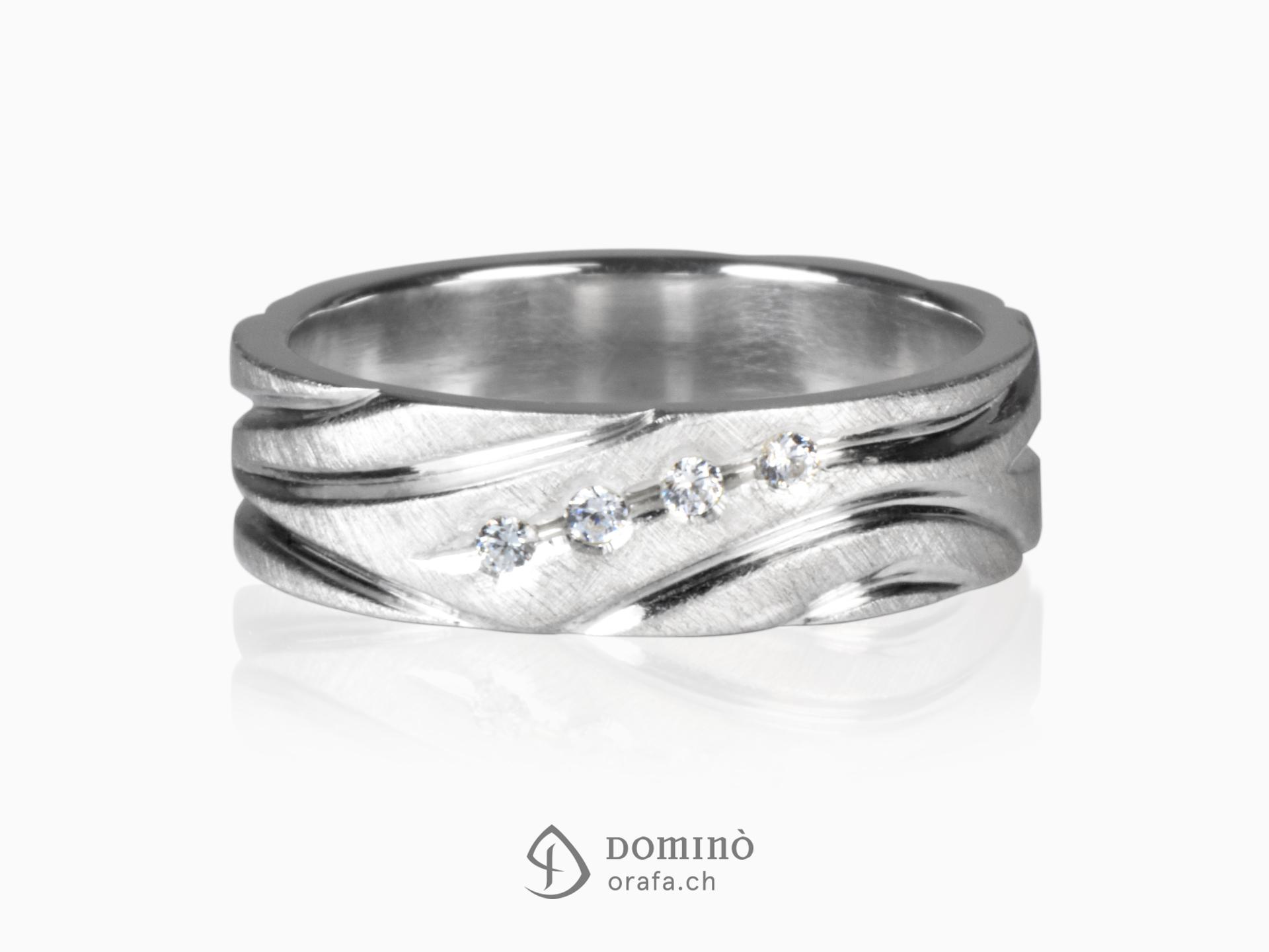 Anello satinato con solchi lucidi e diamanti