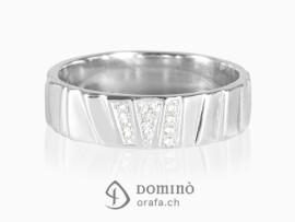 anello-scalini-irregolari-diamanti-oro-bianco