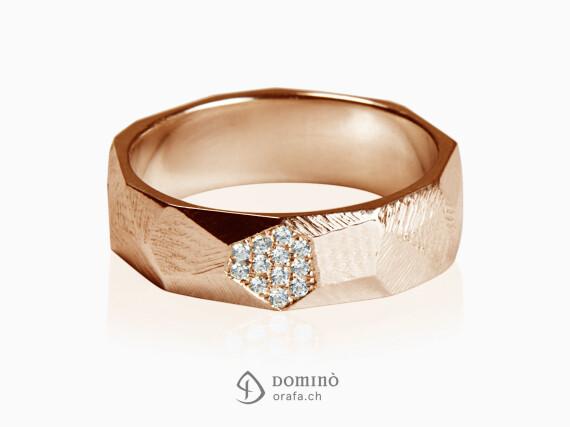 anello-sfaccettato-con-faccetta-di-diamanti-oro-rosso