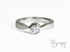 Solitaire ring with diamond White gold 18 kt