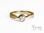 Solitaire ring with diamond Yellow gold 18 kt