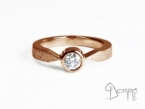 Solitaire ring with diamond Red gold 18 kt