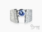 Tanzanite and diamonds ring White gold 18 kt