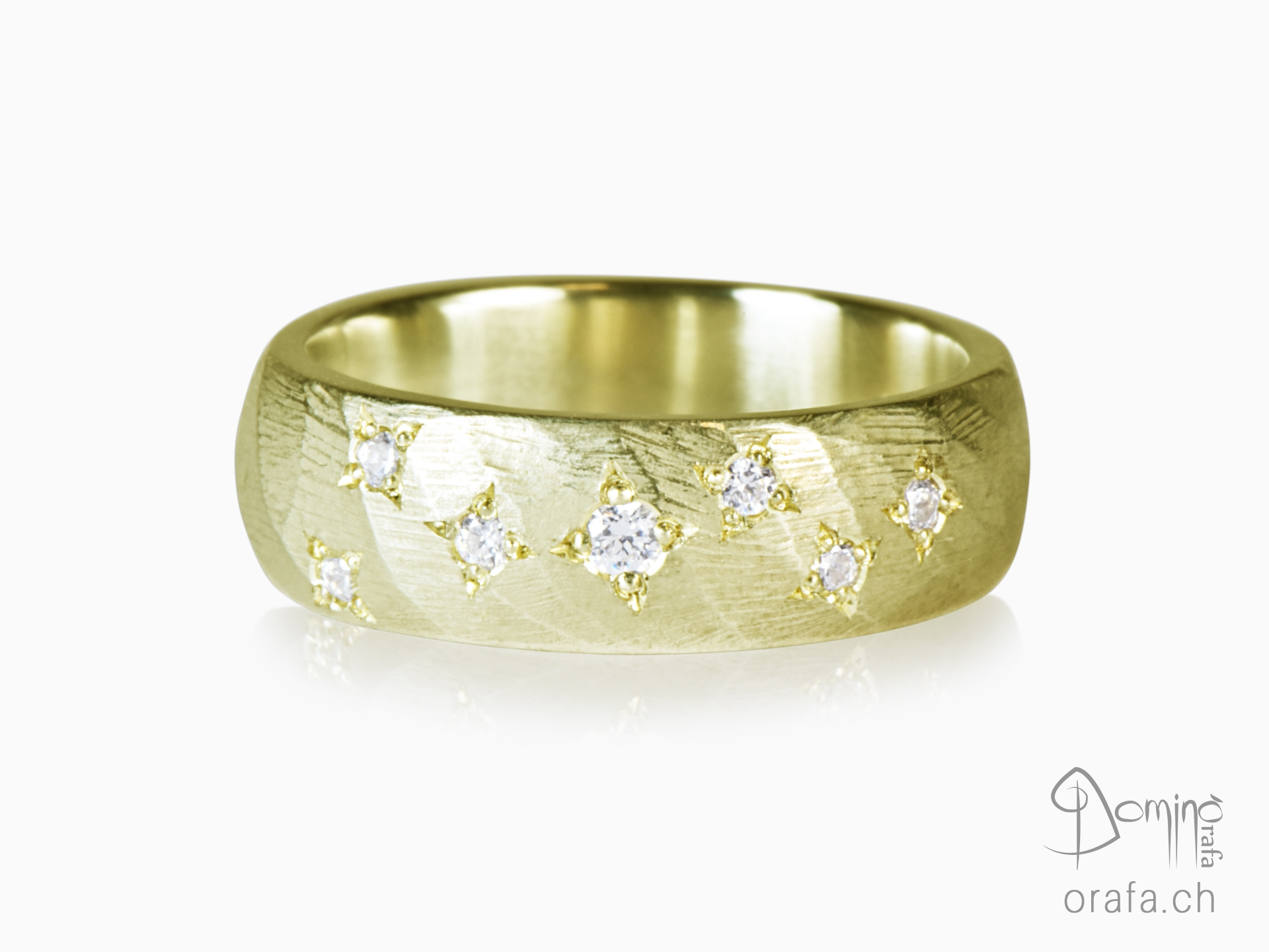 anello-twist-diamanti-stelle-oro-giallo
