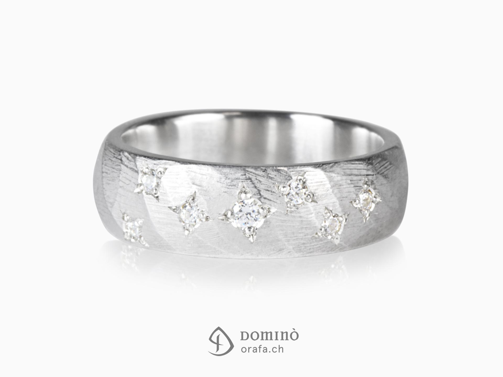 Anello Twist con Stelle di diamanti