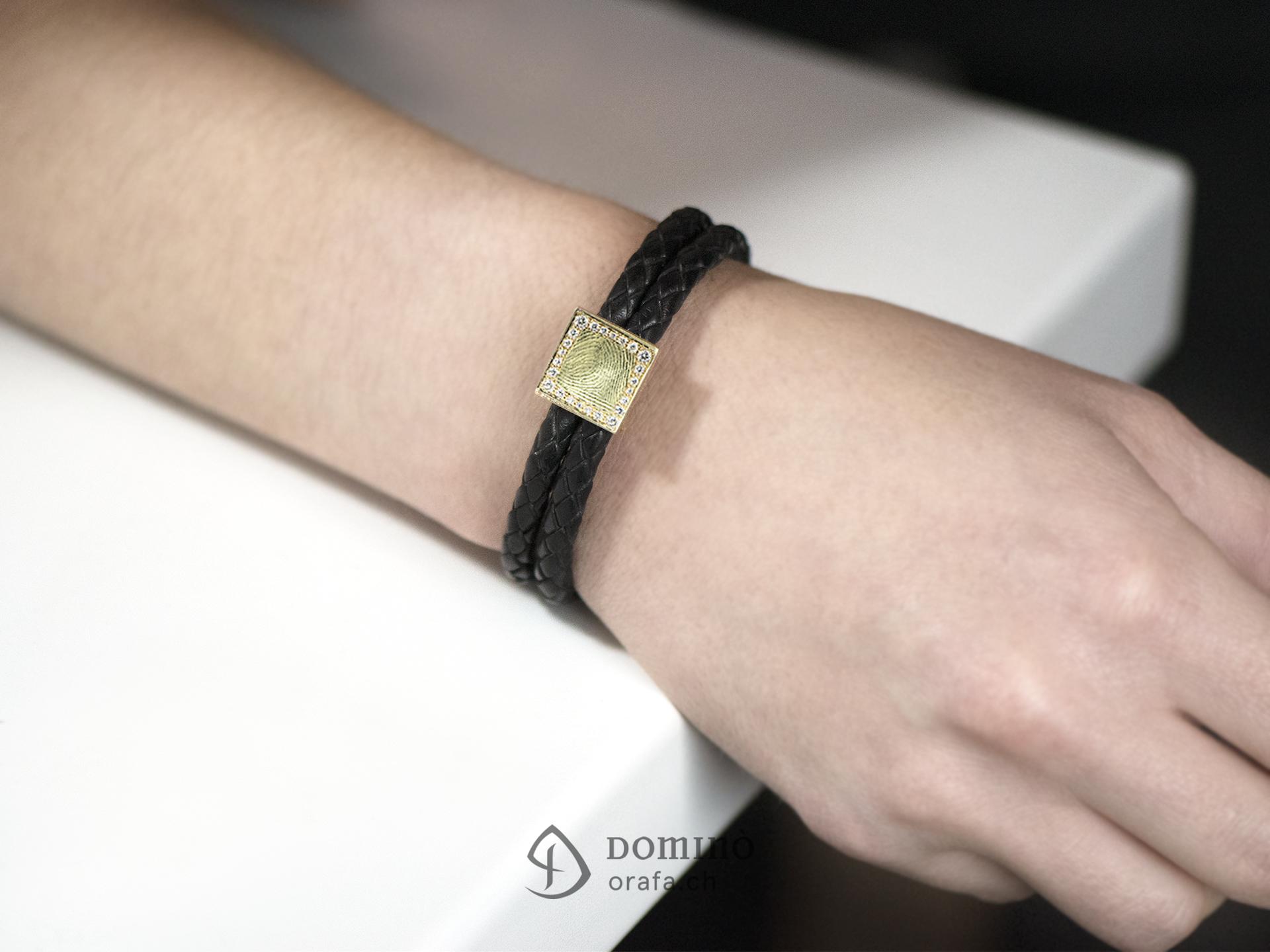 braccialetto-cuoio-impronta-digitale-quadrata-contorno-diamanti-1